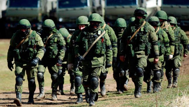 Солдаты на службе в армии