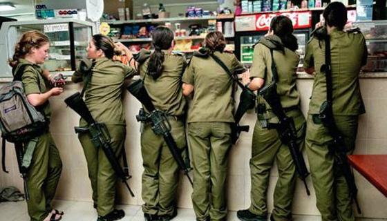 Поход солдат в магазин
