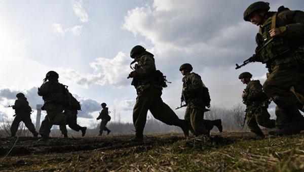 Военные учения для здоровых солдат