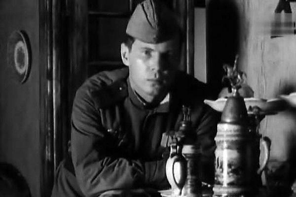 Солдат Владимир Гостюхин