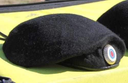 Черные береты
