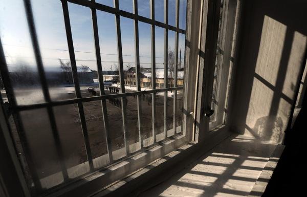 Вид из окна на плац
