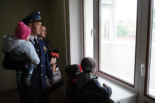 Военная семья с несколькими детьми