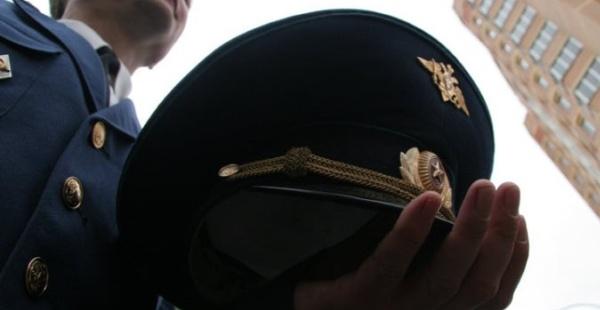 Офицер в парадной форме