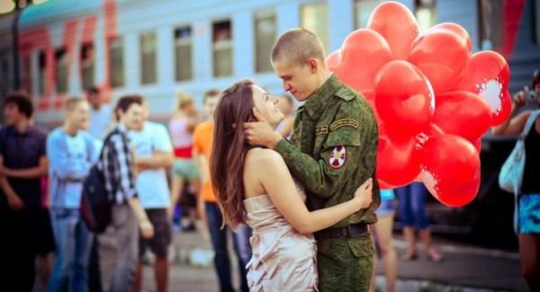 Солдат вернулся из армии