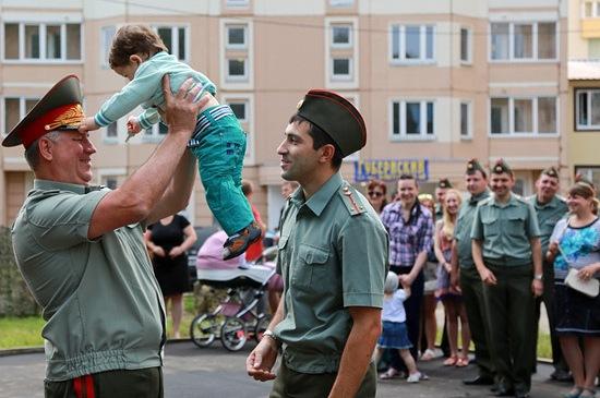 Дети военнослужащих и их семьи