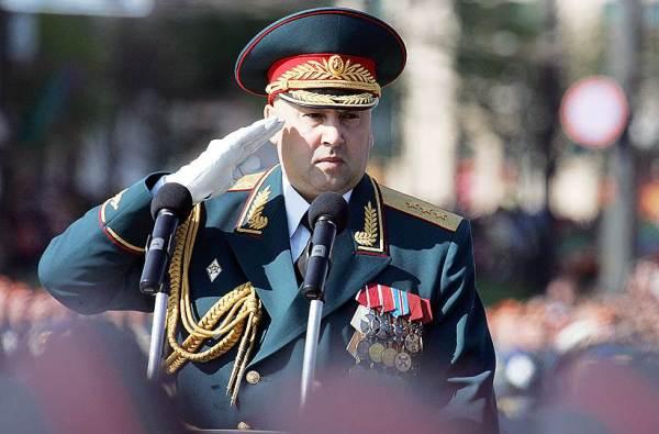 Генерал в парадной форме