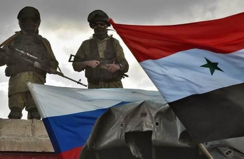 Российский и сирийский флаги