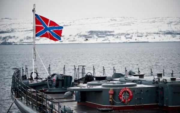 Корабль в холодных водах