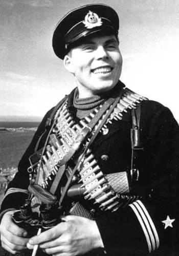 Красноармеец Дмитрий Овчаренко, в одиночку убивший два десятка немцев
