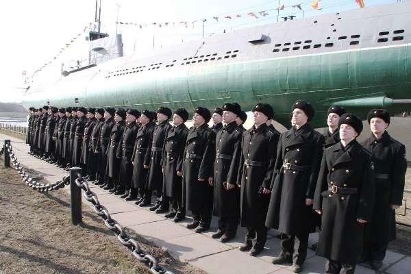 Юные подводники