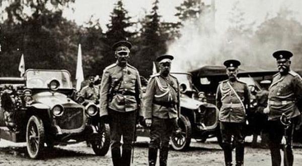 Первые военные автомобили